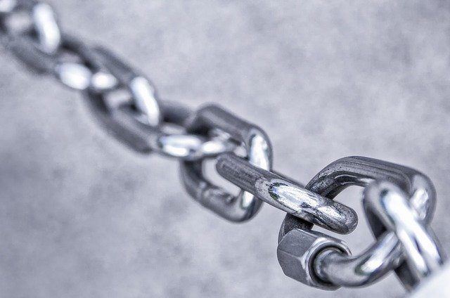 Never Attach to Backlinks from One Blog 2